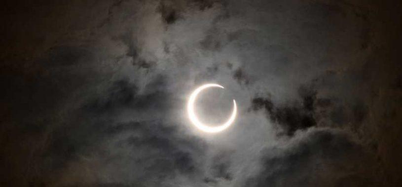 Кольцеобразное солнечное затмение в Тельце 10 мая 2013